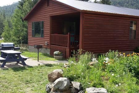 White Mountain Lodge Cabin 5 on Little Colorado