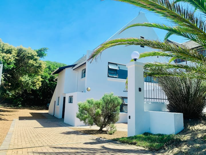 An absolute gem in the middle of St Francis Bay!