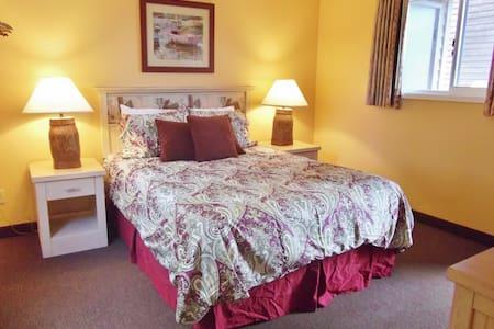Sandcastle Inn: Sand Dollar Suite #601 - Cannon Beach - Departamento