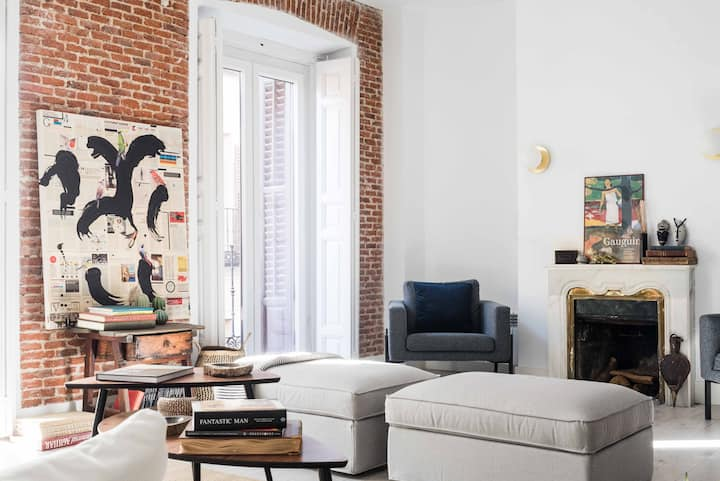 NEW Stunning DESIGN FLAT next to MUSEO del PRADO.