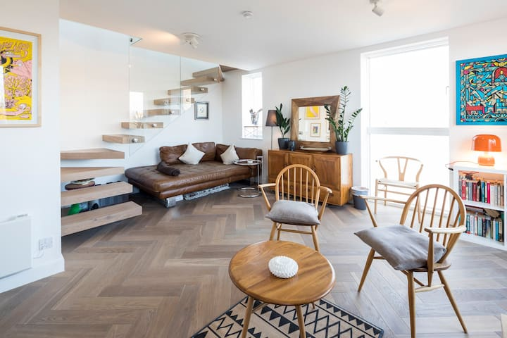 Notting Hill Duplex Penthouse 2bed2bath w/ Terrace