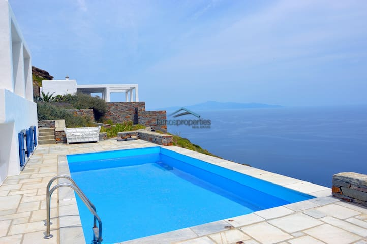 Traditional villa with and a fantastic sea view - Kéa - Rumah