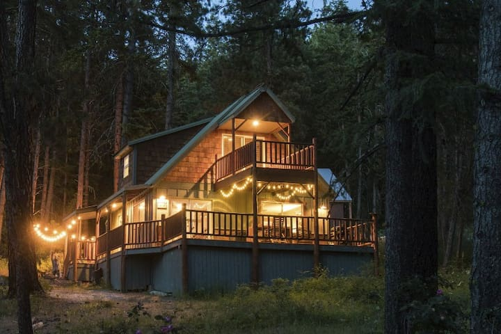 Beautiful 3br 2bath ponderosa cabin cabins for rent in for Leavenworth cabin rentals