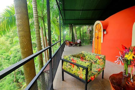 Tree Top Dome  Honeymoon Suite - Quepos - Villa