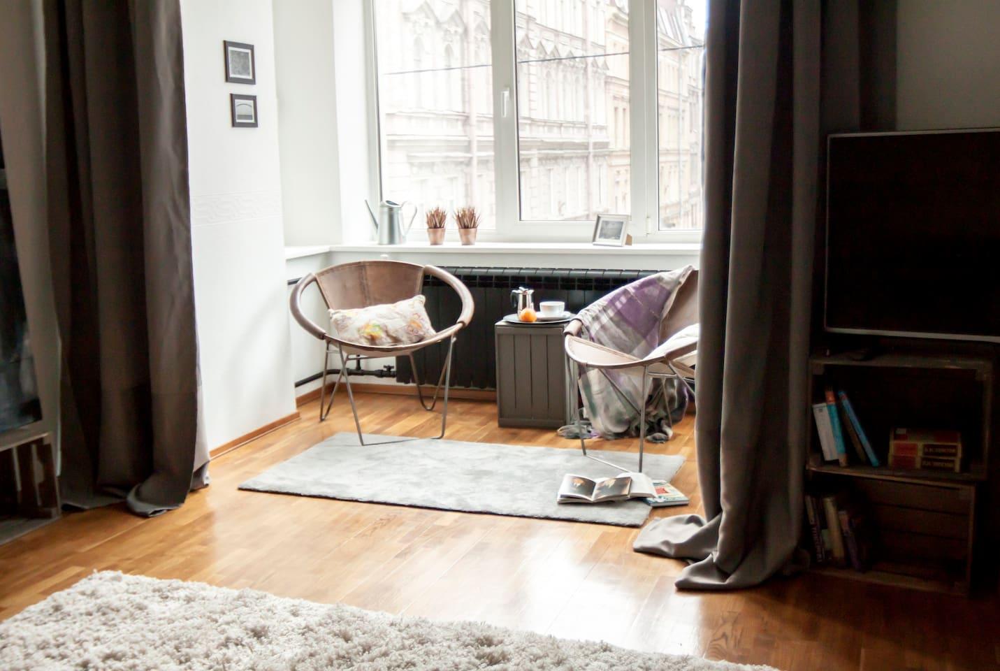 Bedroom-living room/Schlafzimmer-Wohnzimmer