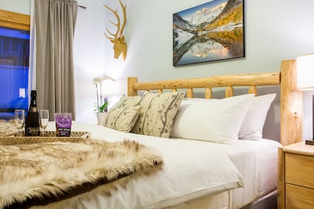 Beautiful 1 BR Rockies Condo - Walk to Lifts! - Steamboat Springs