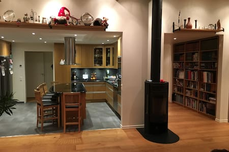 Large, modern and beautiful home for big families - Huddinge