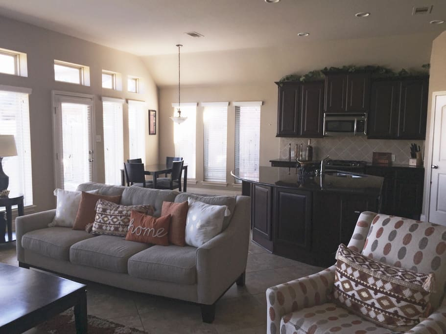 Open Floor Plan for Living Room and Huge Kitchen with Large Island