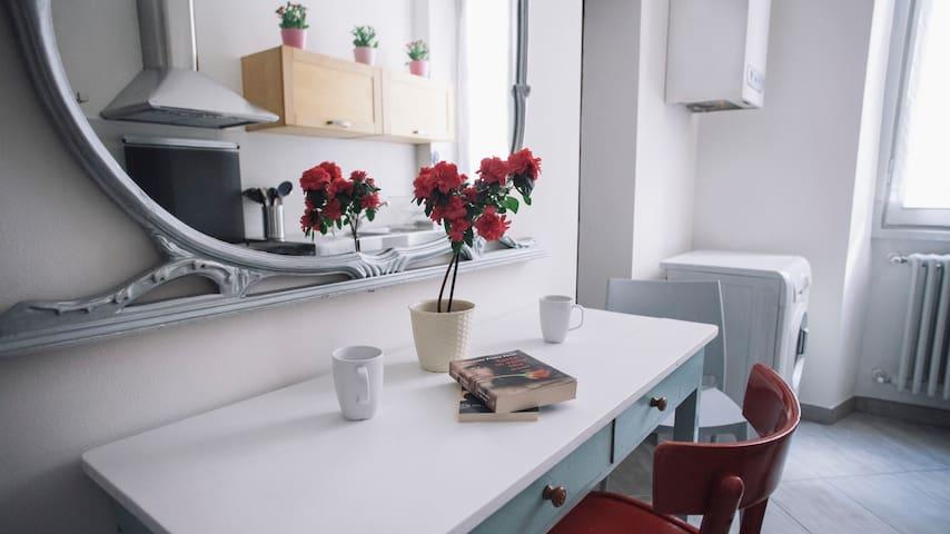 Bohemian Apartment @Arco della Pace - Milão - Apartamento