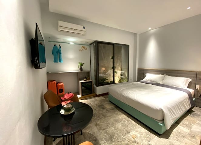 Côn Đảo House -  Room with double bed!