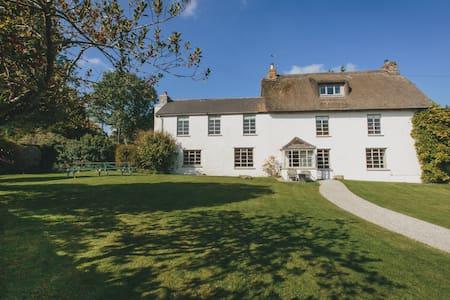Dartmoor farmhouse, rural countryside, Devon - Doccombe - Huis