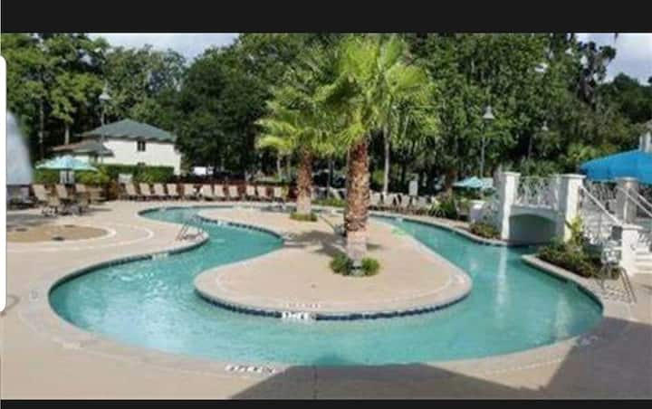 Enjoy Hilton Head at Coral Sands Resort, Sleeps 10