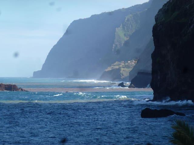 CASA MARE 2 mit spektakulärem Blick! - Ponta Delgada - Huis