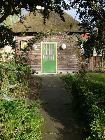Frau Schröder's Teehaus - Bützow - Cabin