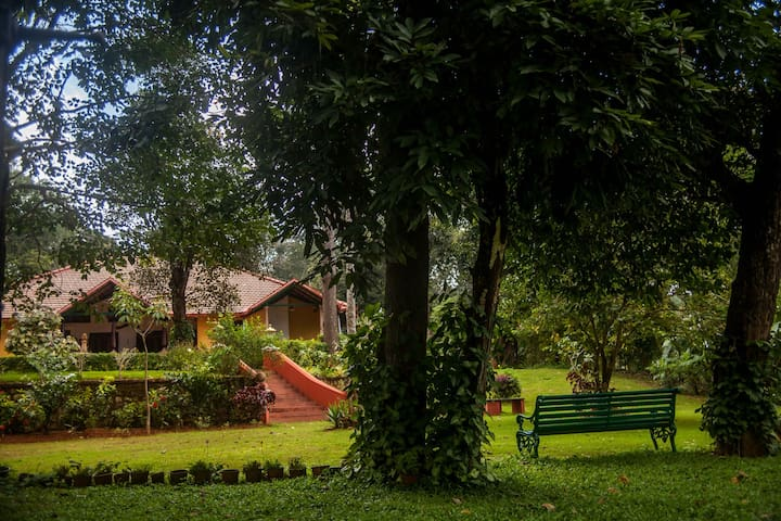Coorg Homestay: Abode in the Hills