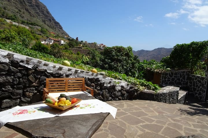 Wunderschöne Finca in Alleinlage und mit Terrasse