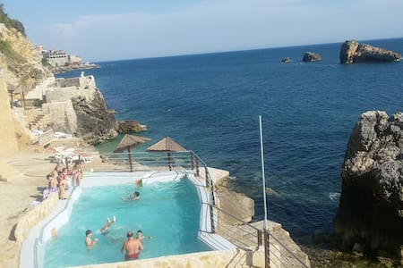 Peacefull place with private beach - Ulcinj