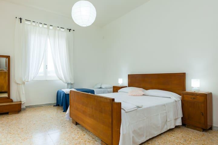 Appartamento per 6 persone a 20 minuti dal mare - Ceraso - Daire