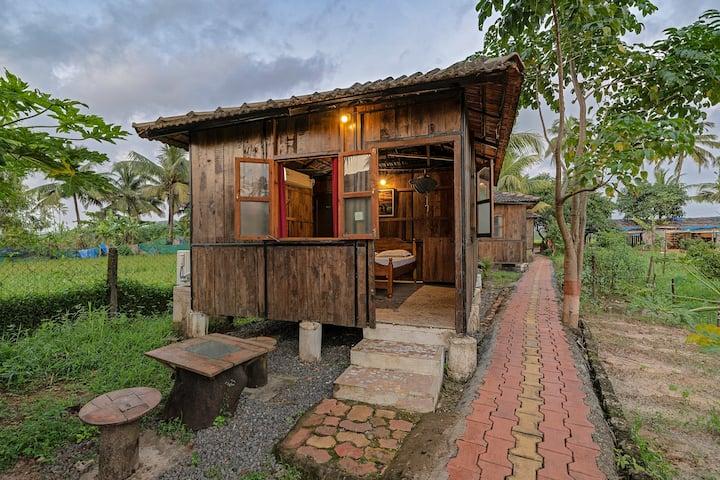 Fogo's Farm Cottage | For the super adventurer!