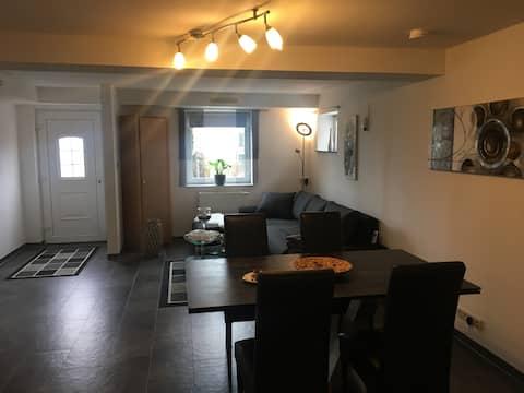Schöne Moderne Wohnung bei Landshut