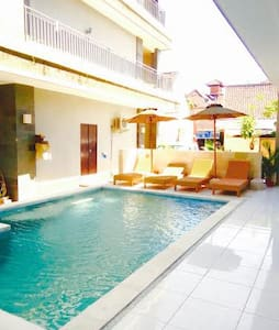 Capsule in 6-Bed-Swimming Pool-24-4 - Kuta - Dorm