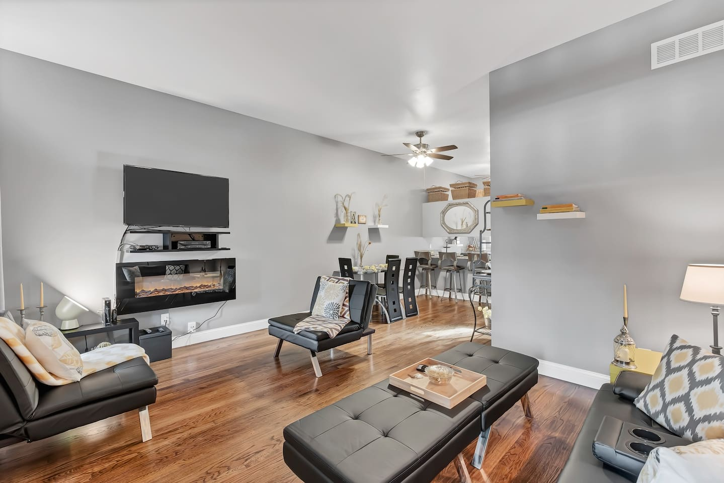 Living Room: AT&T U-verse on all TVs with premium movie and local channels (470+ channels); Netflix, SiriusXM, and paid subscription fitness videos