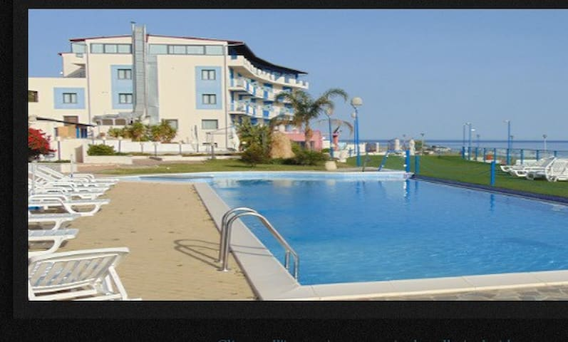 Splendida Casa Vacanze in riva al mare - Castel di Tusa - Daire