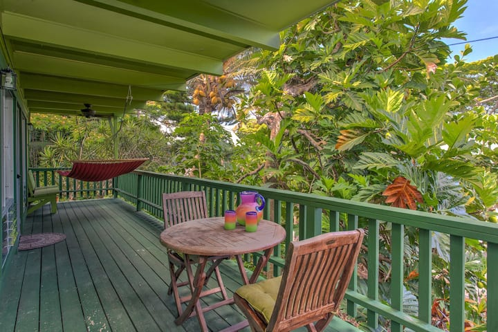 Kehena Treetop Bungalow - Minutes from the New Pohoiki Black Sand Beach! - Kehena Treetop Bungalow