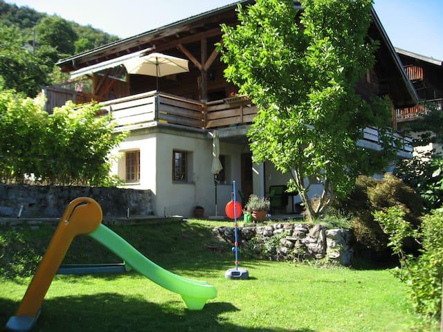 Appart. dans chalet à VIONNAZ 15 mn lac & montagne - Vionnaz - Lerhydda
