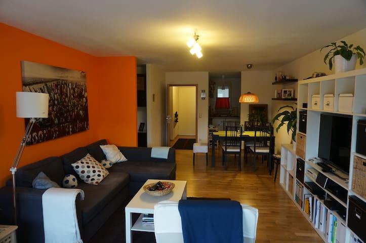 Absolut zentrale&gemütliche Wohnung - Kornwestheim - Appartement