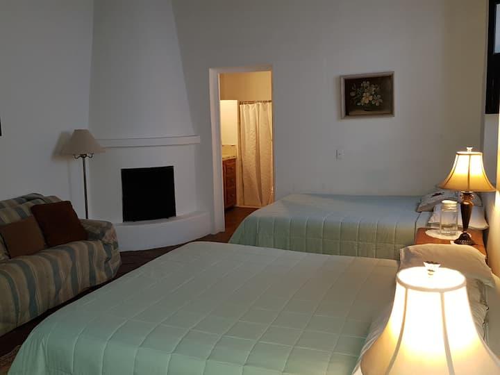 Hotel Luz del Sol # 2  ¡Con desayuno continental!