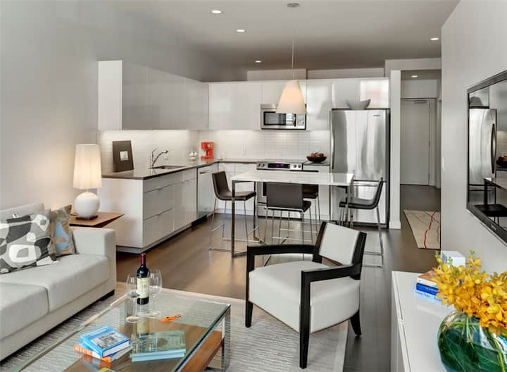 Incredible apartment home | 1BR in Boston