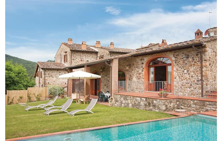 Holiday cottage with 3 bedrooms on 130m² in Greve in Chianti FI