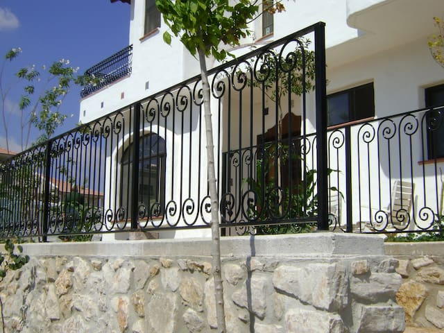 Spanish Style Guest Suite - Merom Hagalil - Apartment
