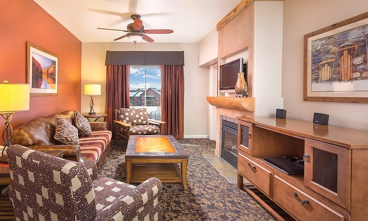 ★SPACIOUS 1 BEDROOM DELUXE SUITE ★ Wyndham Steamboat Springs Resort  ★ So Many Awesome Amenities!
