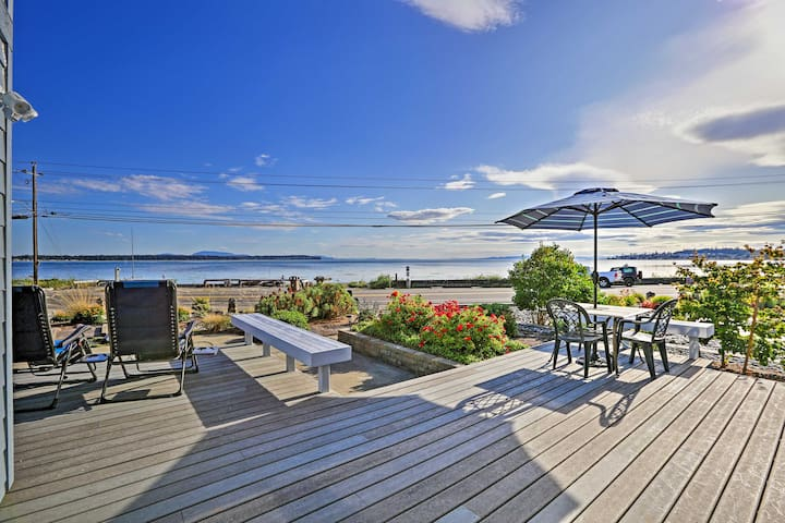 NEW! Birch Bay Waterfront Home - Steps to Beach!