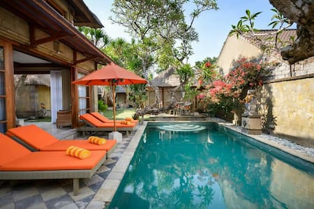 Villa by the Sea Sanur/Pasir suite