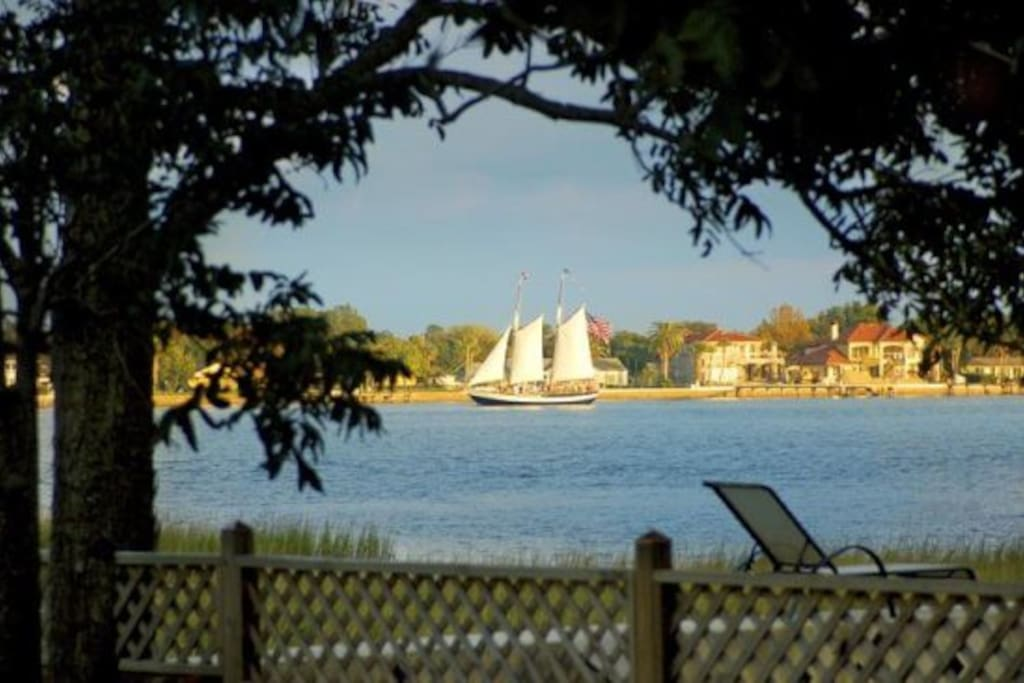 Freedom sailboat