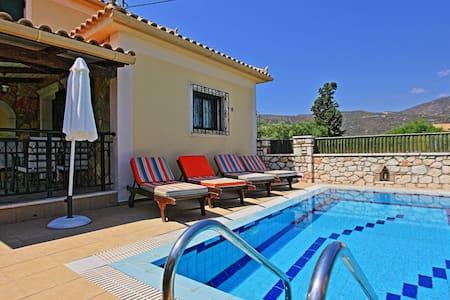Villa Limni Family - Limni Keriou - Huis