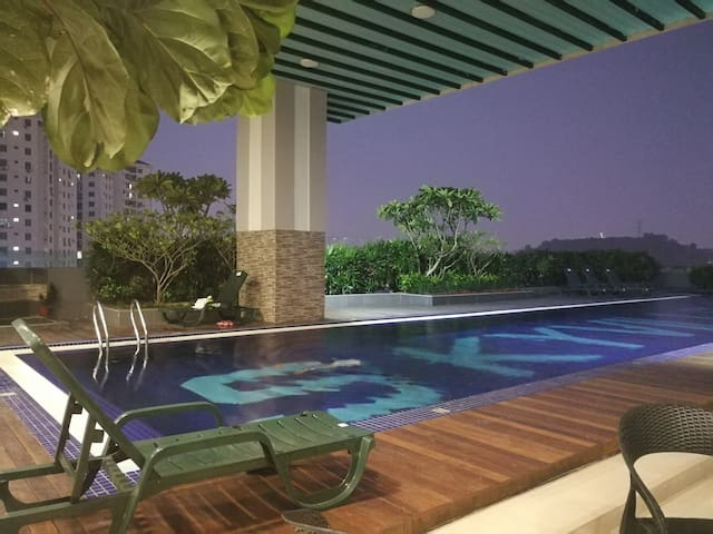 Skyville 8 3BR Condo 25FA Near Sunway, Mid Valley