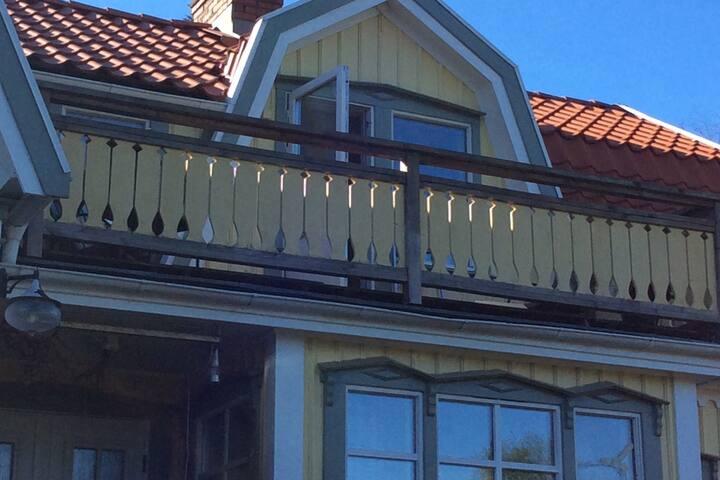 Mysig lägenhet nära skog och badsjö nära Göteborg.