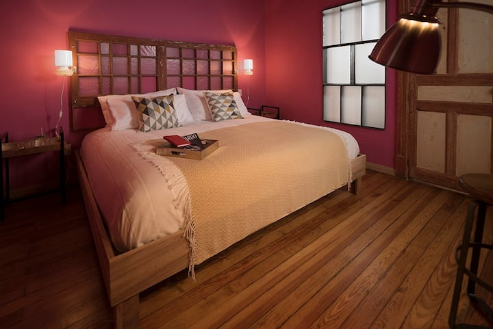 CHELA, B&B´s Lovely & Beautiful Suite in Condesa.