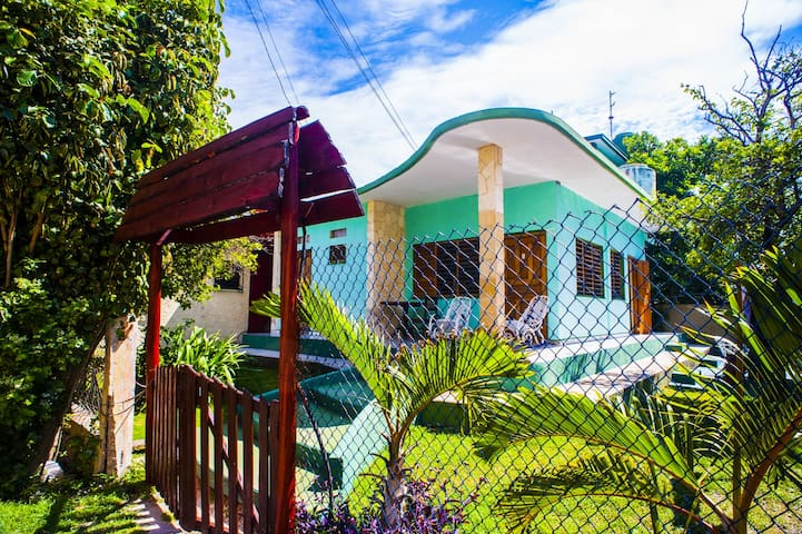 *Huge and Stunning House 30m From Varadero Beach*