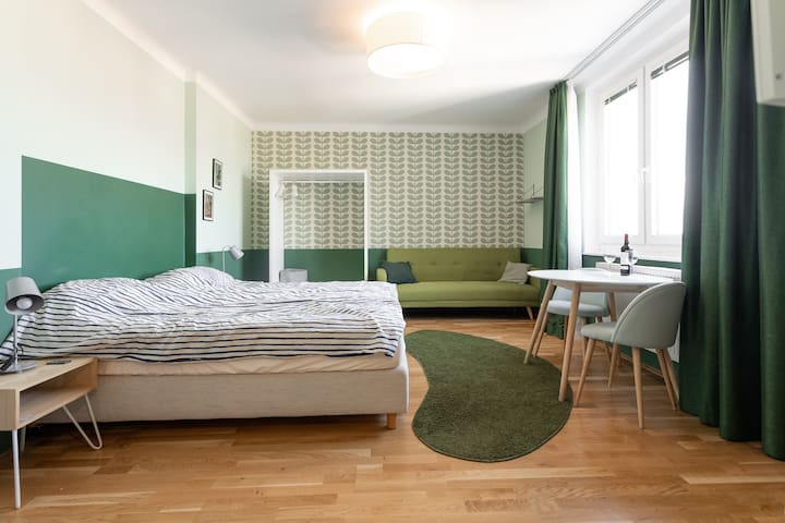 Modern  Flat with great view in Heart of Vienna