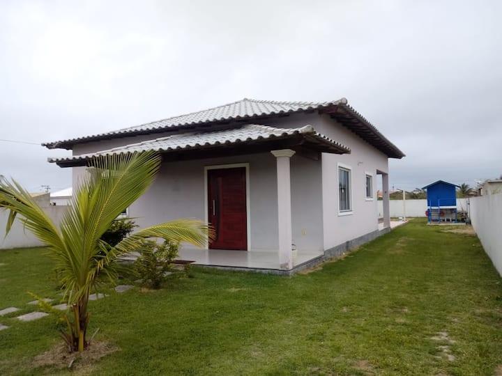 Casa com piscina em Pernambuca, Arraial do Cabo.