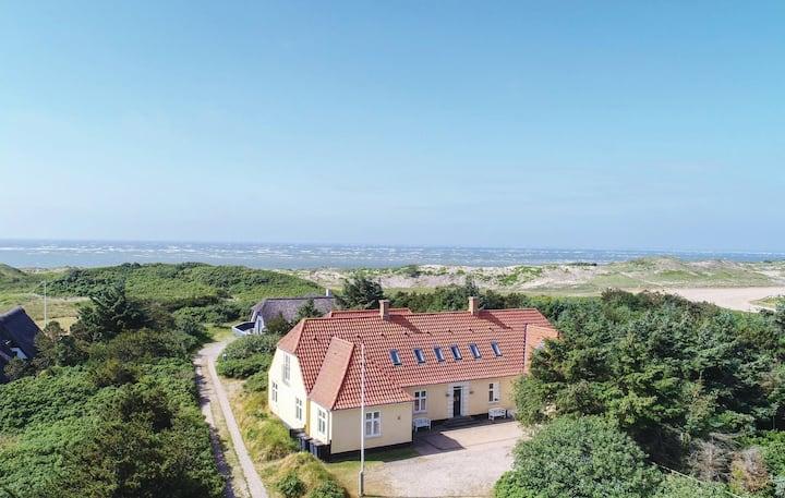 Det Gule Hus Blåvand - 75 meter fra Vesterhavet