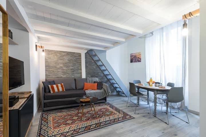 Studio en duplex centre nice/ port /Vieille-ville.