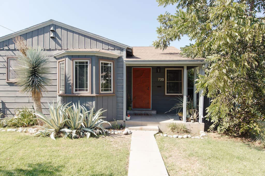 Remodeled and centrally located 1940's Highland Park bungalow - short walk to York Blvd and Figueroa