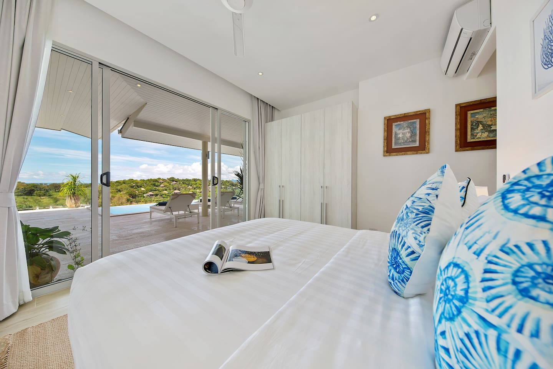 Villa Aqua Luna - Modern Beach Villa - Villas for Rent in Tambon Bo ...