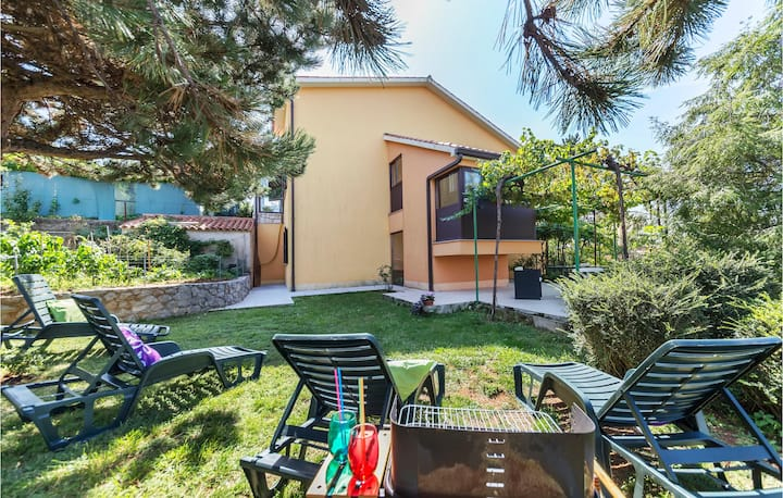 Amazing home in Labin with WiFi and 1 Bedrooms